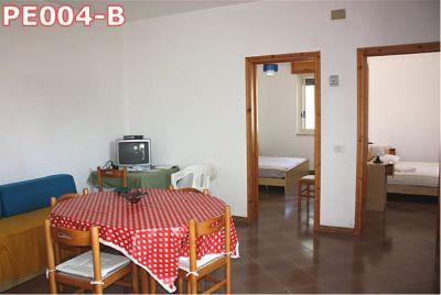 Villetta a Pescoluse con 4 appartamenti