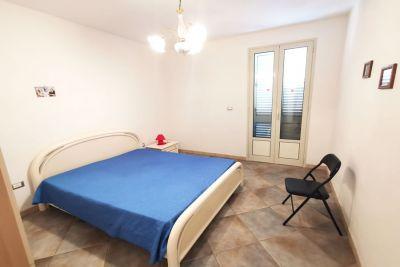 Villetta indipendente a 150mt dal mare e doppi servizi